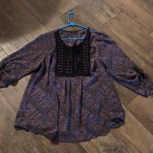 Xl 3/4 sleeve flowy peasant style blouse